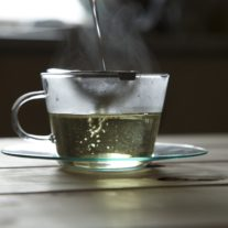 White tea pouring teacakeco
